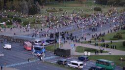 Milhares vão às ruas para protestar contra posse de líder bielorrusso