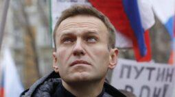 Russo Navalny precisará de ao menos um mês para voltar à forma, prevê ativista