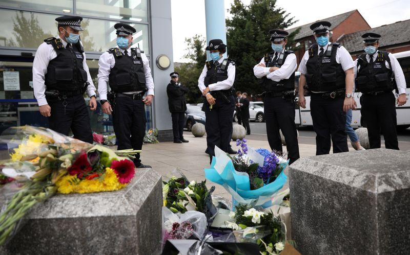 Policial é morto a tiros em centro de custódia de Londres