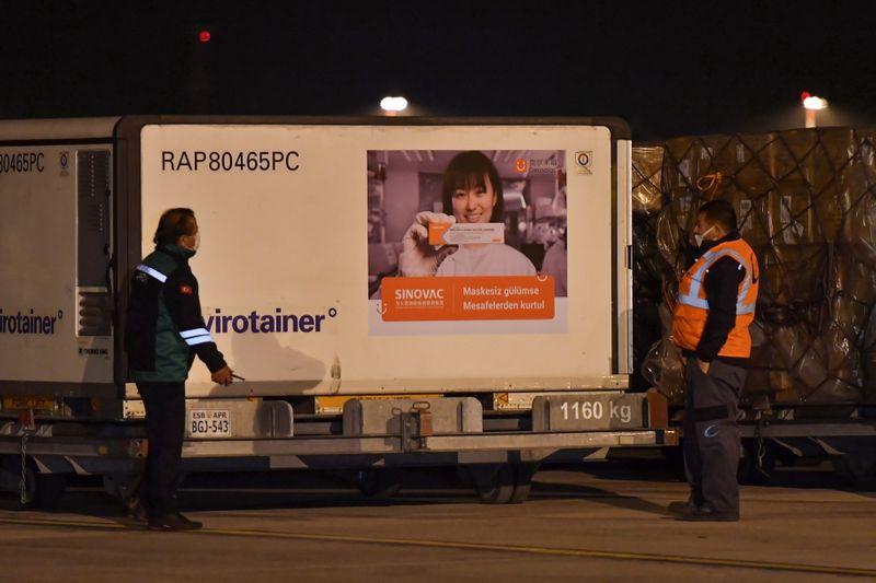 Turquia concede autorização emergencial para CoronaVac, diz agência Anadolu