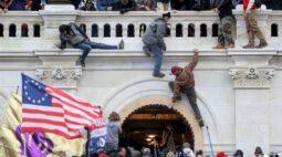 Estudante e bombeiro aposentado são indiciados por invasão ao Congresso dos EUA