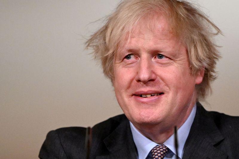 Premiê britânico diz confiar em recuperação forte das grandes cidades pós-Covid
