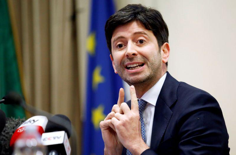 Ministro da Saúde da Itália descarta relaxar restrições da Covid-19