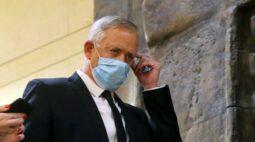 Israel paralisa programa de envio de vacinas a aliados, diz ministro da Defesa