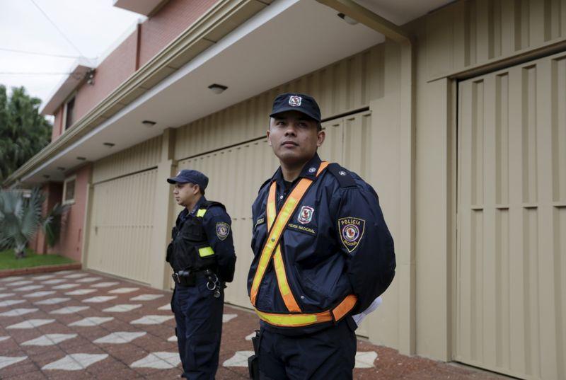 Paraguai expulsará supostos integrantes do PCC detidos na fronteira