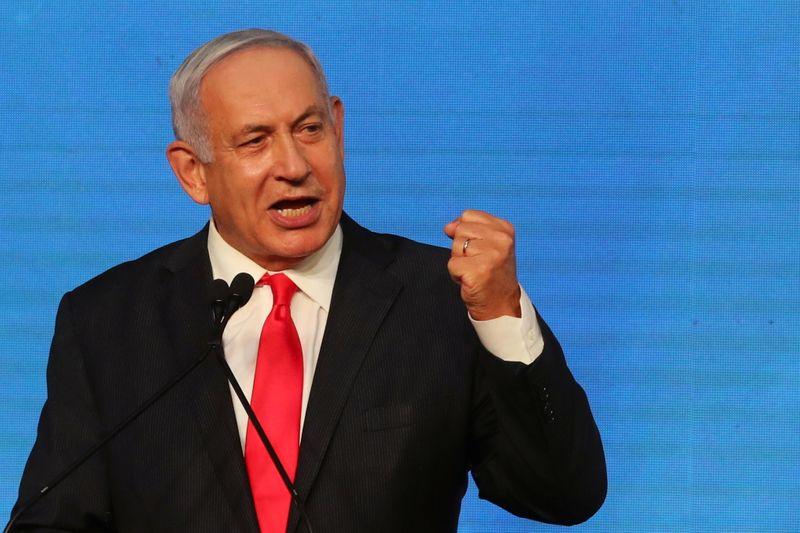 Após eleições inconclusivas, Netanyahu pede apoio de rivais da direita