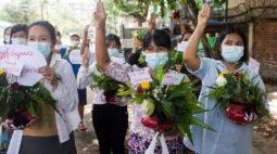 """Ativistas de Mianmar cancelam festas de Ano Novo; ONU pede fim de """"massacre"""""""