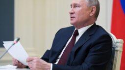 Rússia ordena volta de tropas à base após movimentação na fronteira com a Ucrânia