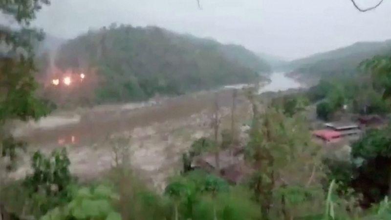 Rebeldes atacam Exército de Mianmar perto da fronteira, e junta esnoba Asean