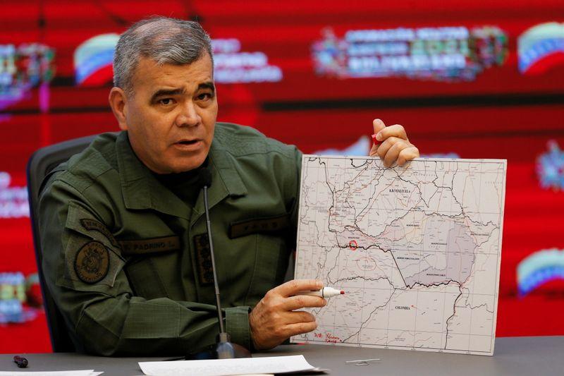 Venezuela diz que 8 soldados morreram em combates na fronteira com a Colômbia