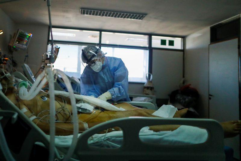 Argentina congela preço de oxigênio medicinal ante disparada da Covid