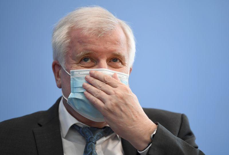 Crimes da extrema-direita atingem alta recorde na Alemanha