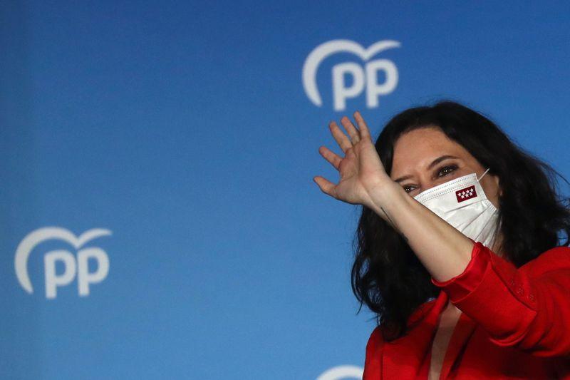 Crítica de lockdown da Covid-19 vence eleição regional em Madri