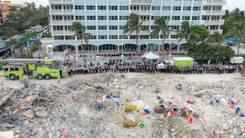 Identificação de corpos é difícil após desabamento na Flórida; número de mortos sobe para 94