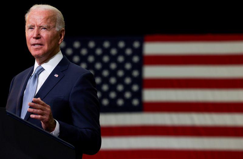 """Biden critica """"Grande Mentira"""" de Trump, mas não propõe solução para direito ao voto"""