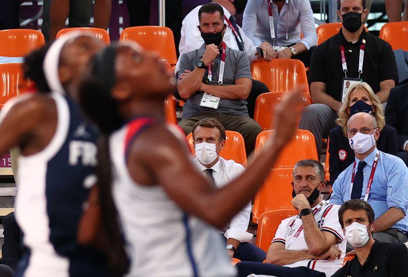 Macron e Jill Biden assistem EUA derrotarem a França no basquete 3×3 feminino