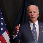 Biden avalia exigência de vacina contra Covid-19 a servidores federais