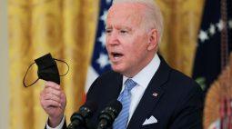 Biden faz apelo por uso de máscara e anuncia novas medidas contra Covid nos EUA