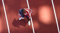 """Atletas dos EUA são alvo de críticas em Tóquio: """"Constrangedor e ridículo"""""""