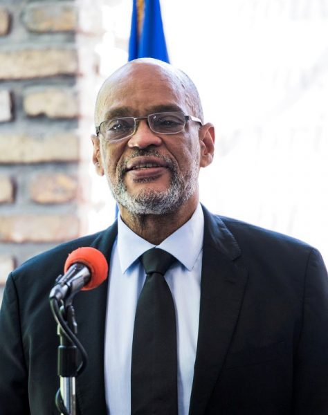 Suspeito de assassinato, premiê do Haiti substitui ministro da Justiça