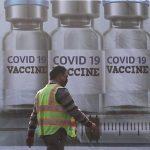Índia retomará exportação de vacinas contra Covid para Covax e vizinhos
