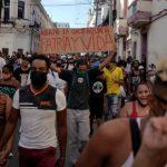 Human Rights Watch diz que Cuba prendeu arbitrariamente e cometeu abusos contra manifestantes