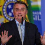 Bolsonaro fala em ajudar países sul-americanos com vacina contra Covid mais à frente