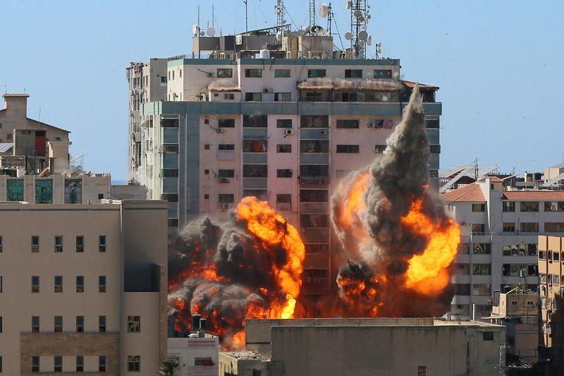 Blinken diz que EUA receberam mais informações sobre bombardeio de edifício de Gaza