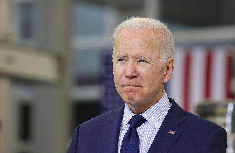 Ambientalistas criticam apoio de Biden a projeto de extração de petróleo no Alasca