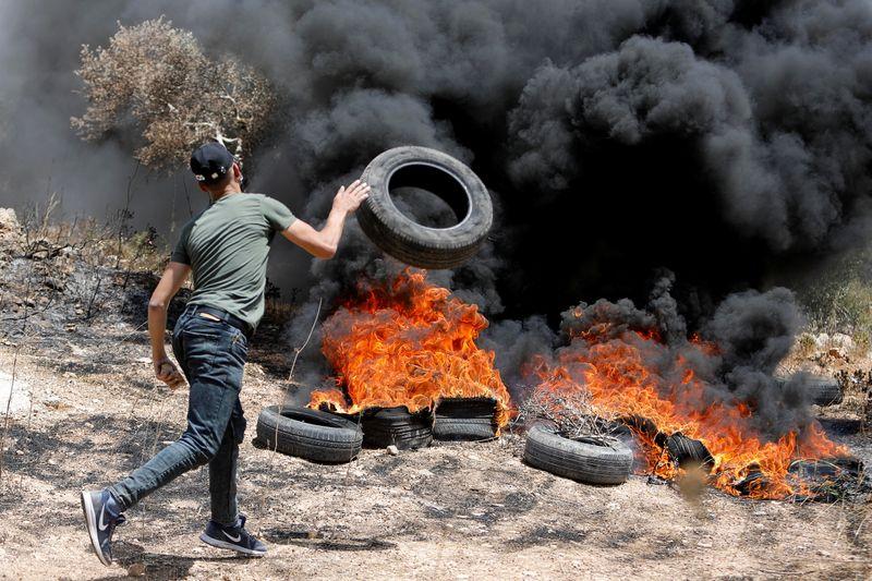 Tropas israelenses matam palestino durante confronto na Cisjordânia, dizem palestinos