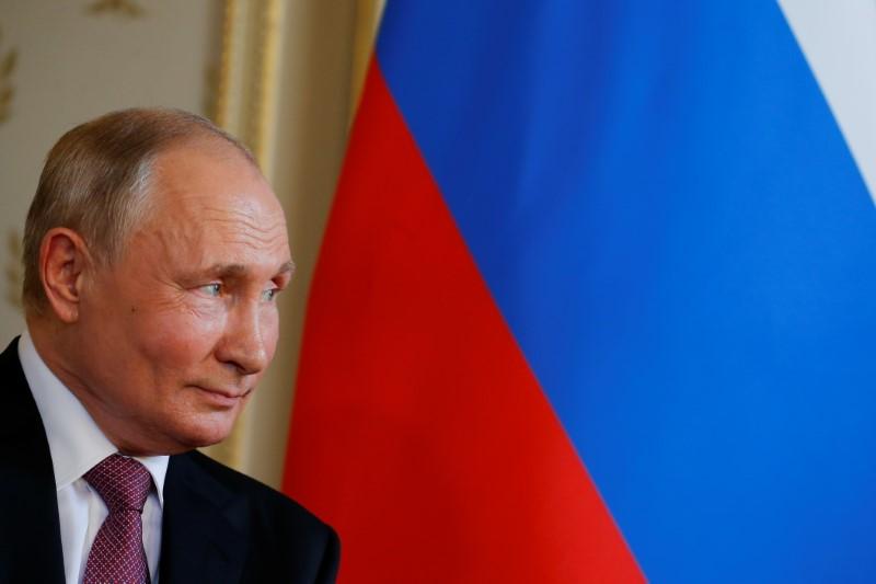 """Putin diz ver """"vislumbre de esperança"""" para confiança mútua com os EUA"""