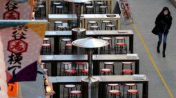 """Tóquio amenizará restrições ao consumo de álcool para """"bebedores solitários"""""""