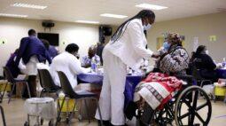 Países da África negociam fabricação de vacinas contra Covid com investidores