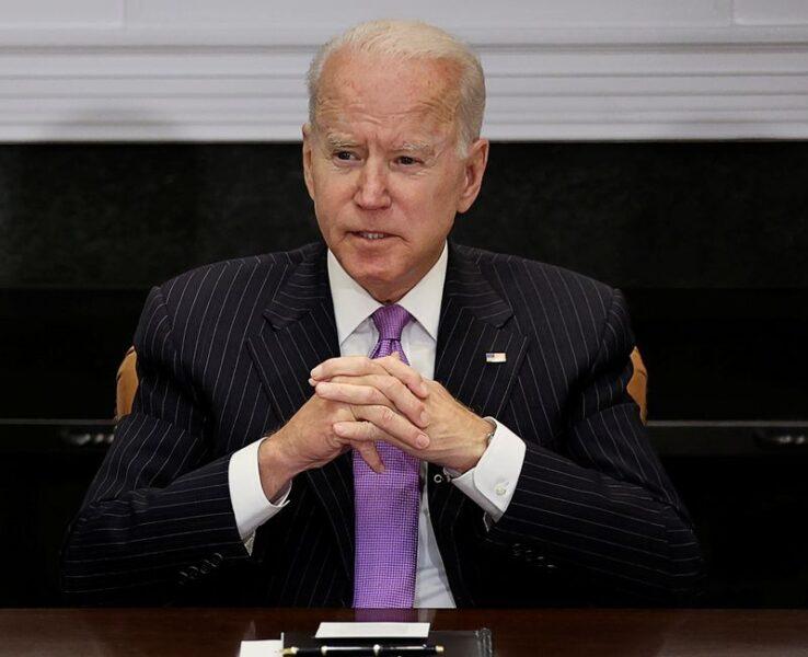 Biden planeja novos passos para combater violência armada nos EUA em meio a alta de crimes violentos