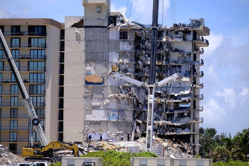 Apesar de alerta, autoridade da Flórida disse que edifício que desabou era seguro