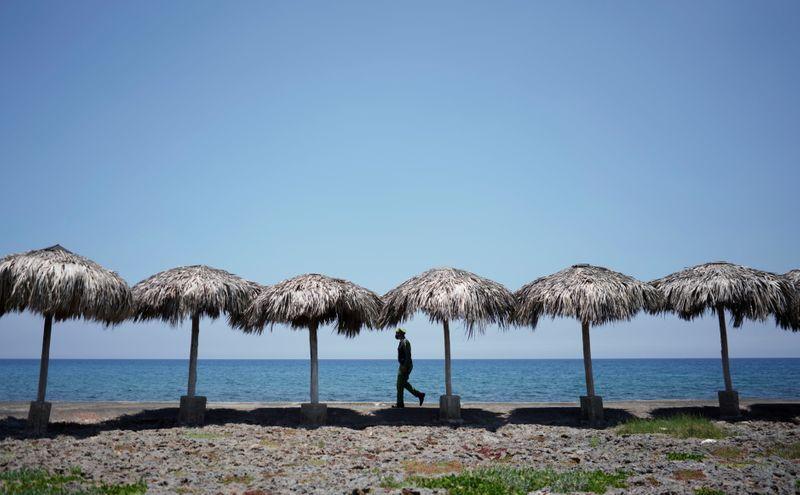 Tempestade tropical Elsa ganha força e ruma ao centro-sul de Cuba