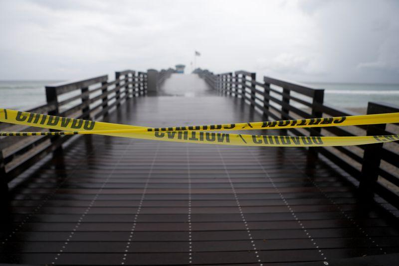 Tempestade tropical Elsa deve virar furacão antes de atingir costa da Flórida