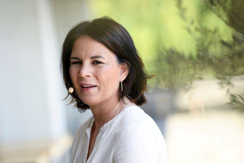 Candidata a chanceler alemã dos Verdes se diz vítima de questionamentos sexistas